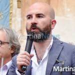 """""""Non presenterò il mio libro a Martina"""". Donato Carrisi """"in esilio"""" a Cisternino"""