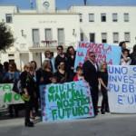 Sciopero Generale della scuola: flash mob davanti al Comune