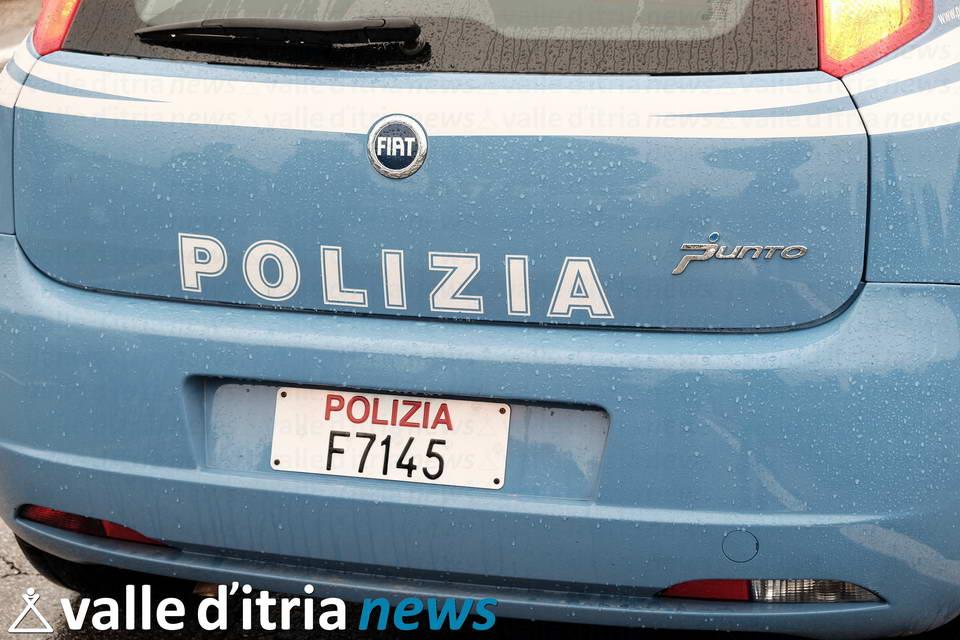 pattuglia polizia