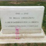 25 aprile: sporcata la lapide in Piazza Vittorio Veneto