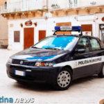 San Martino, commerciante abusivo oppone resistenza alla Polizia Locale: denunciato