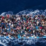 Rifugiati a Taranto. Le associazioni denunciano: deportati, trattenuti e umiliati.