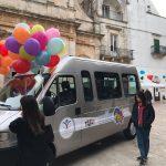 Locorotondo: consegnato un minibus per il trasporto di persone diversamente abili con il contributo di Orizzonti Futuri onlus e il Rotary Club Putignano