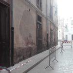 Dall'edificio del Teatro Verdi cadono calcinacci. Visione Comune lancia l'allarme