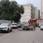Martina Franca. Auto in fiamme in strada, probabile un cortocircuito