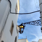 Pubblica illuminazione. Provate le nuove lanterne per il centro storico.