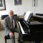 """Intervista al Maestro Massimo Gianfreda, Presidente del Centro Artistico Musicale """"Caelium"""" e Responsabile della """"Casa della Musica"""" di Ostuni"""